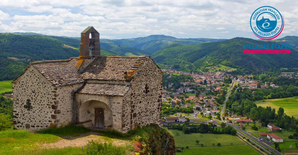 Massiac (Cantal) : Village étape au bord de l'A75 en Auvergne