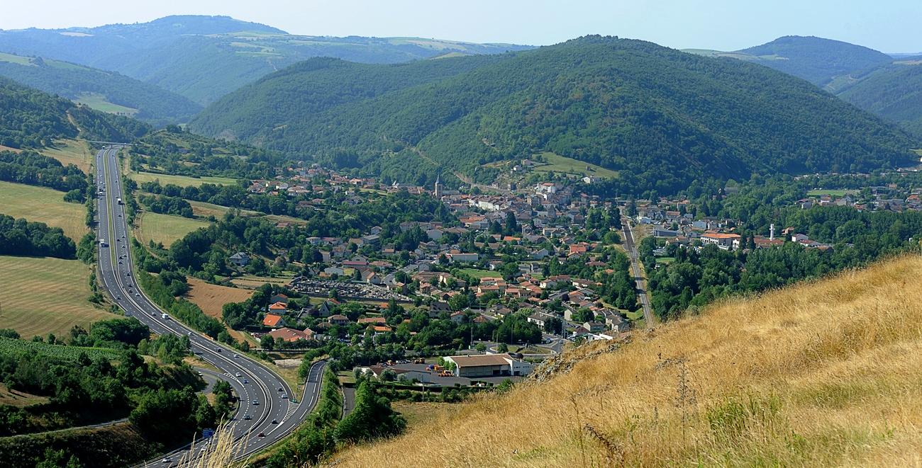 Massiac le Village étape au bord de l'A75 en Auvergne