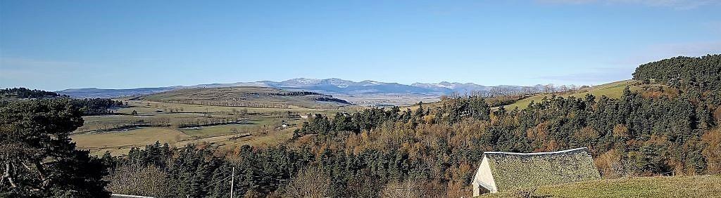 Ferme du Puy de Coujoule à Coren - Cantal - Auvergne
