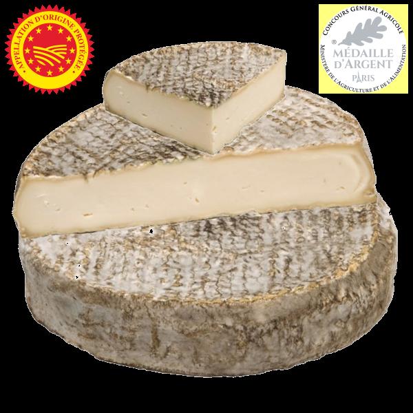 Saint-Nectaire fermier AOP fabriqué et affiné à la ferme en Auvergne