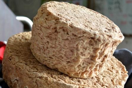 fromage affiné aux artisons en Auvergne